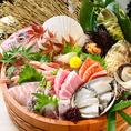 鮮度抜群のお刺身、本マグロもございます。旬の魚介を様々なルートで仕入れ。食材にも大変拘りをもっています。【喰海名物喰海盛り】鮮度抜群のお刺身七種盛りもご用意しております。是非ご賞味下さい。