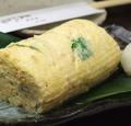 料理メニュー写真シンプルな出汁巻き玉子