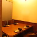 周囲を気にせずお食事できる個室を完備しております。