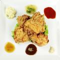 料理メニュー写真ジューシー!鶏の唐揚げ(2個)