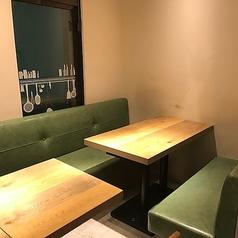 ゆったりとしたソファー席は女子会・ママ会におすすめです★落ち着いた店内で夜カフェ夜ご飯♪