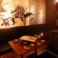 少人数~団体様まで、人数に合わせてお席をご用意させたいだきます!最大107名様までの店舗貸切も承っておりますのでお気軽にご相談くださいませ♪明るく活気あふれる店内、壁には「 こうじょう雅之」氏の武人画が★札幌すすきので宴会に最適な居酒屋をお探しの際は『永山本店』を是非ご利用ください。