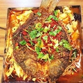 料理メニュー写真四川マーラー焼き魚/中国東北風活き魚煮込み