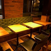 ゆったり広々としたお席は人数に合わせてレイアウト可能です♪女子会や各種パーティー・ご宴会に是非♪