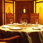 アールヌーボーの様式美にガレのランプ