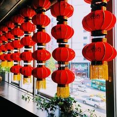 北京胡同焼肉 新宿靖国通り本店の雰囲気1