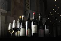 ソムリエ厳選の自然派ワインで心からのおもてなし