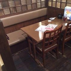 居酒屋 博多道場こだわりの餃子は「餃子walker」の「東京の激うま餃子」にも選ばれた逸品!一つ一つ丁寧に手包し香ばしく焼き上げてます。開発に一年かけた屋台餃子や焼き餃子・水餃子・ご当地餃子など、様々な餃子をご用意しておりますので是非ご賞味下さい。お酒との相性は抜群に最高ですのでご一緒にご堪能下さい!