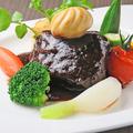 料理メニュー写真しっかり煮込んだ牛ホホ肉の赤ワイン煮込み