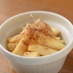 料理メニュー写真しゃきしゃき長芋のわさび醤油漬け
