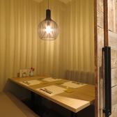会食や接待、和食宴会には個室席をご用意。周りを気にせずごゆっくりとお寛ぎ頂けます。