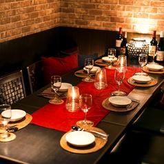 八王子エリアで人気の個室は少人数から最大40名様まで対応出来ます。女子会や誕生日・デートはもちろんご宴会や同窓会・大人数の貸切宴会にも最適です。