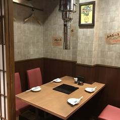 炭焼肉 石田屋。博多中州店の雰囲気1