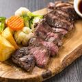 料理メニュー写真牛リブガーリックステーキ