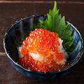 料理メニュー写真【小ばんざい】いくらかけポテトサラダ
