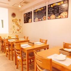 陽気なイタリアの雰囲気が味わえる明るい店内で、美味しい本格イタリアンと楽しい時間をお過ごしください!!