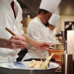 スーパーブッフェ グラスコート 京王プラザホテルのおすすめポイント1