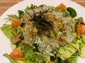 料理メニュー写真由比港釜揚げシラスを使った和風サラダ