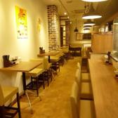 餃子酒場 豊洲店の雰囲気2