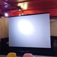 ●大型スクリーン
