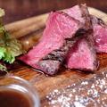 料理メニュー写真黒毛和種牛イチボ炭火焼