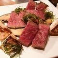 料理メニュー写真広島県産亜麻仁牛のビステッカ