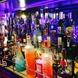 開業31年、バックバーには歴史を感じるボトルが並ぶ☆