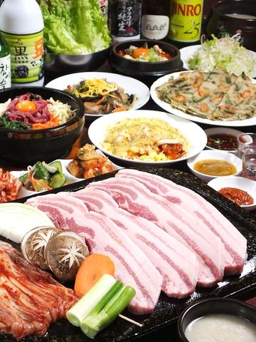 ボリュームたっぷりでリーズナブルな値段!韓国料理豊富な豚肉専門店です。