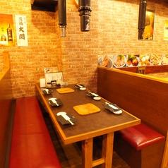 半個室は2名様~13名様で承ります!宴会、プライベート様々なシーンでご利用下さい!ドリンクメニューも豊富!韓国から直接輸入される高級韓国酒やマッコリなどの韓国酒も多彩に取り揃えております!焼肉、韓国料理とご一緒にお楽しみください!