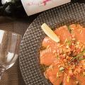 料理メニュー写真サーモンのカルパッチョ