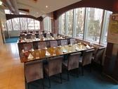 少人数での飲み会から宴会、大人数でのパーティーまでシーンを選ばずお楽しみ頂けるよう各種お席をご用意しております。