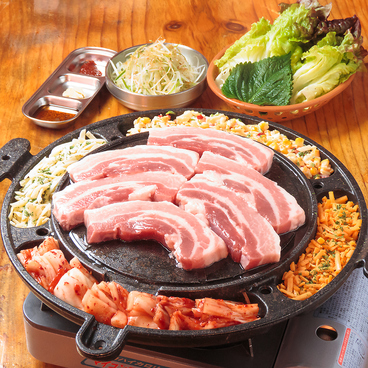 韓国路地裏食堂 カントンの思い出 上野店のおすすめ料理1