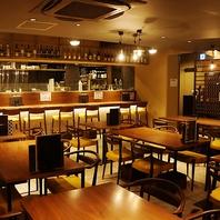 海外の和食屋を意識したオシャレな空間