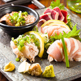 """2.5h、3h飲み放題付きご宴会プラン♪ ¥3,480~名物の""""鶏すき鍋""""を味わえます。"""