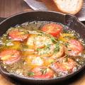 料理メニュー写真☆スペインからの刺客!ぐつぐつ!!エビとトマトのアヒージョ♪☆