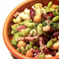 料理メニュー写真5種豆のサラダ