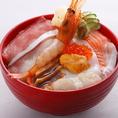 源ぺい名物★海鮮丼も大人気です♪