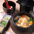 料理メニュー写真のどぐろ土鍋ご飯