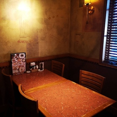 お食事にピッタリ4名テーブル席