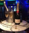 おしゃれにシャンパンで乾杯!