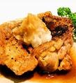 料理メニュー写真鳥もも肉の炭火焼き~おろしポン酢添え