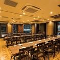<3F 個室宴会フロア>イス席完全個室最大50名様個室※個室のご予約は11名様以上宴会コースのお客様優先にてご案内となります。お席のみのご予約の場合には2Fビヤホールテーブル席にてご用意させて頂きます。