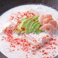 料理メニュー写真海老アボガドクリーミー豆腐