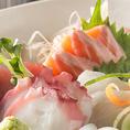 おでん以外にも焼き魚、お刺身、お食事など。一品一品、丁寧に心を込めておつくりしております。