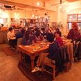 アンティーク調の椅子やテーブル、温かな木目のデザインはゆったりと過ごしやすい店内を演出しております。思わずホッとするそんな店内でお食事をお愉しみください♪八王子ランチ 大衆イタリアン