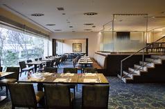 スーパーブッフェ グラスコート 京王プラザホテルの雰囲気3