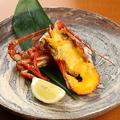料理メニュー写真伊勢海老黄金焼き、バター醤油、櫛檸檬