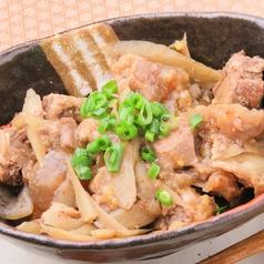 牛すじ肉とこんにゃくごぼうのピリ辛煮込み