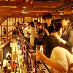 2階1階の貸切で150名様のパーティーも