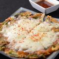 料理メニュー写真自家製チーズチヂミ